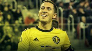 Hazard celebra uno de sus goles con Bélgica. (AFP)