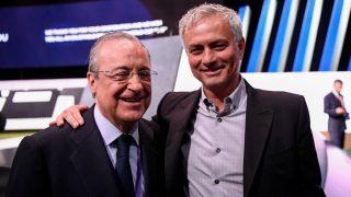 Florentino y Mourinho, juntos en un acto. (AFP)