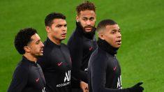 Neymar, Marquinhos, Thiago y Mbappé, durante un entrenamiento. (AFP)