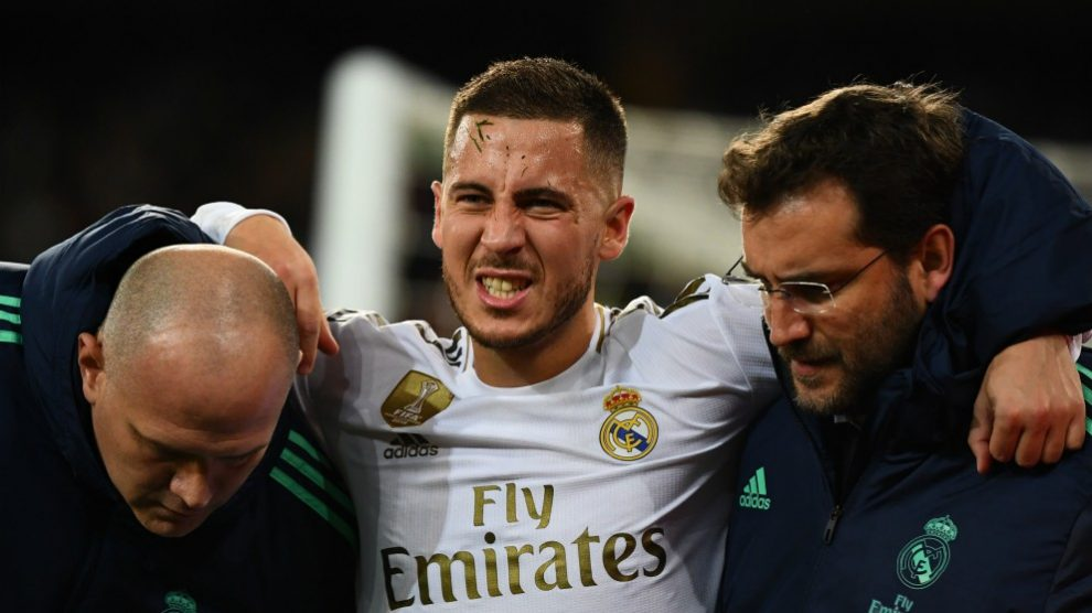 Hazard se retira lesionado. (AFP)
