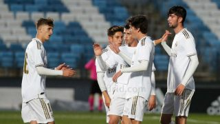 Theo Zidane celebra un gol junto a sus compañeros. (Realmadrid.com)