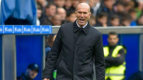 Zidane, durante el Alavés – Real Madrid en Mendizorroza. (AFP)