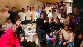La plantilla del Real Madrid, en la cena de Navidad. (@Sergioramos)