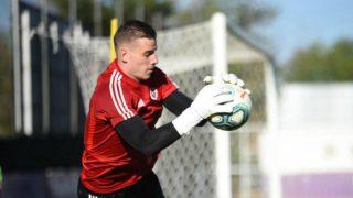 Lunin, en un entrenamiento con el Valladolid.