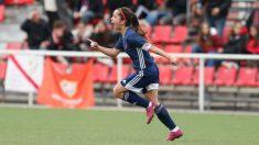 Malena Ortiz celebra un gol. (Tacón)