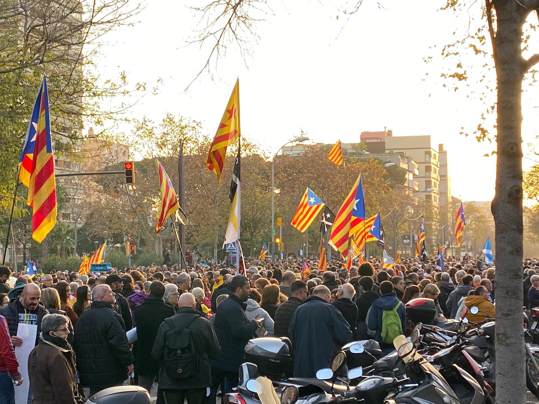 Barcelona vs Real Madrid: Última hora de los disturbios y cargas policiales en Barcelona tras el Clásico, en directo