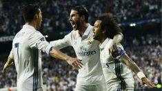 Cristiano Ronaldo, Sergio Ramos y Marcelo celebran un gol. (AFP)