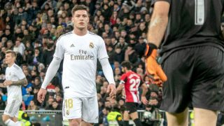 Jovic, durante el Real Madrid-Athletic de Bilbao. (Foto: Enrique Falcón)