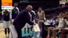 Pablo Laso abronca a sus jugadores ante el Valencia Basket.