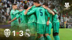 Los jugadores del Real Madrid celebran la victoria ante el Valencia en la Supercopa.