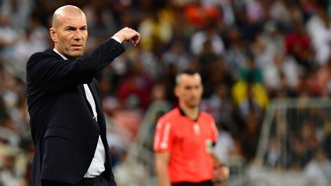 Zidane, durante el Valencia - Real Madrid (AFP).