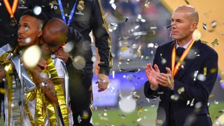 Zidane celebra la Supercopa de España. (AFP)