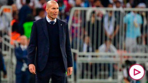 Zidane, durante la final de la Supercopa de España. (AFP)