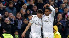 Casemiro y Jovic celebran un gol. (EFE)