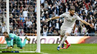 Karim Benzema celebra su gol en el Real Madrid – Atlético. (AFP)