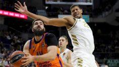 Tavares intimida a las torres de Valencia.