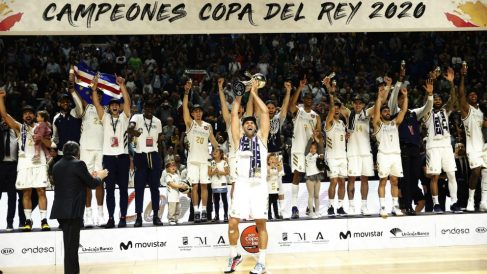 El Real Madrid sigue siendo el rey de copas. (EFE)