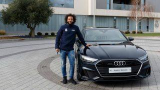 Marcelo durante la entrega de coches de Audi a los jugadores del Real Madrid. (realmadrid.com)