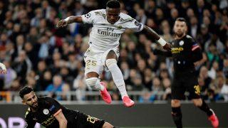 Vinicius, durante el duelo ante el Manchester City. (AFP)