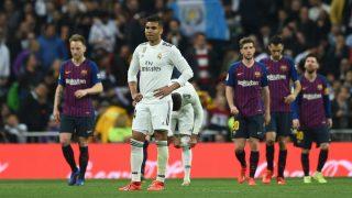 Casemiro se lamenta en el Clásico de Copa de 2019. (Getty)