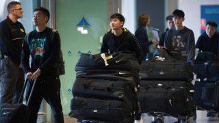 El Wuhan Zall, en el aeropuerto. (AFP)