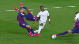 Mateu se comió un penalti sobre Vinicius.