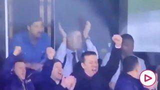Cristiano celebró el gol de Vinicius en el Bernabéu.