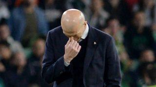 Zidane, durante el Betis – Real Madrid (AFP).