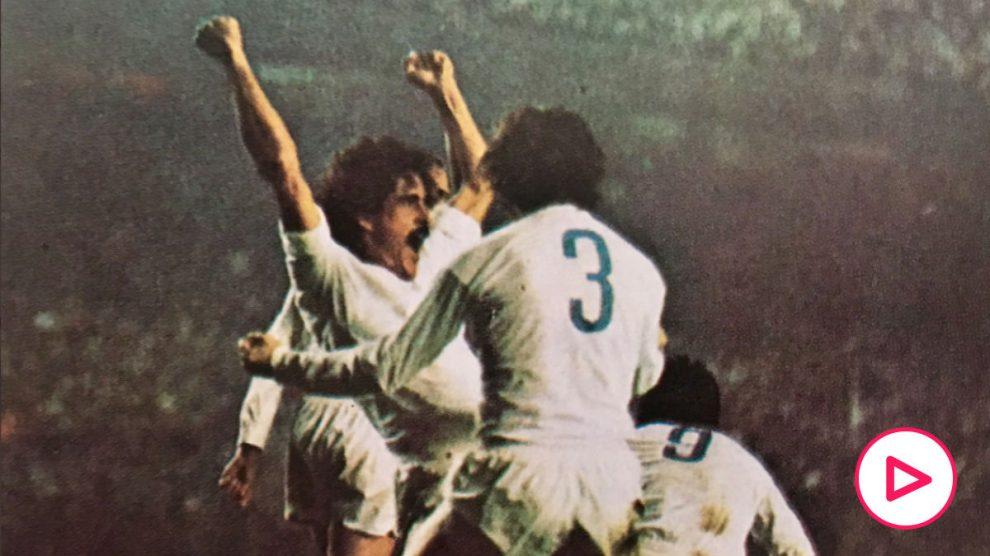 Goyo Benito celebra su gol frente al Oporto.