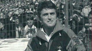 Radomir Antic, en el banquillo del Real Madrid.