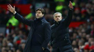 Mourinho y Pochettino durante un partido de la Premier. (Getty)