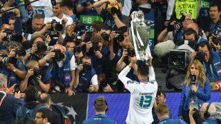 Cristiano Ronaldo celebra la Decimotercera Champions League del Real Madrid. (AFP)