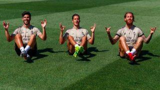 Marco Asensio, Lucas Vázquez y Sergio Ramos imitan la celebración de Haaland. (@sergioramos)