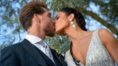 Sergio Ramos y Pilar Rubio, el día de su boda. (Getty)