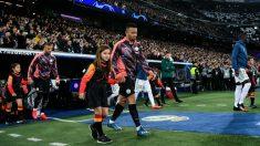 Los jugadores del Real Madrid y del Manchester City saltan al Santiago Bernabéu. (Getty)
