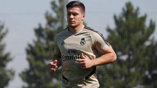 Jovic, durante un entrenamiento. (Realmadrid.com)