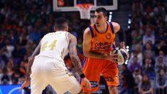 Alberto Abalde, ante Jeff Taylor en la Copa ACB. (ACB)