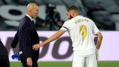 Zidane y Benzema, en un partido en el Alfredo di Stéfano. (EFE)