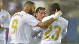Mendy, Benzema y Modric durante un partido. (AFP)