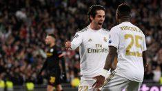 Isco y Vinicius celebran un gol. (AFP)