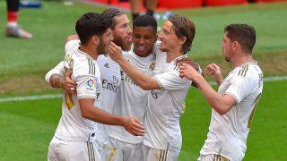 Los jugadores del Real Madrid celebran el gol ante el Athletic (AFP).