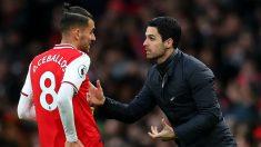 Ceballos y Arteta, en un partido del Arsenal. (Getty)