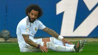 Marcelo se duele en un partido con el Real Madrid. (AFP)
