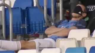 Bale, en el banquillo durante el Real Madrid – Alavés.