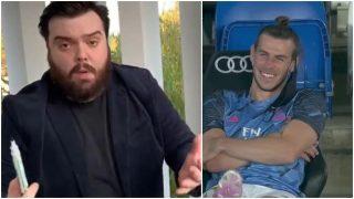 Ibai Llanos y Gareth Bale riéndose en el banquillo.