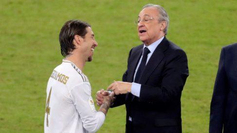 Sergio Ramos y Florentino Pérez (EFE).