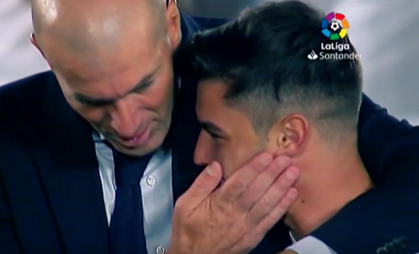 Zidane y Brahim, tras ganar la Liga.
