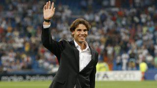 Rafa Nadal durante un partido en el Santiago Bernabéu. (Getty)