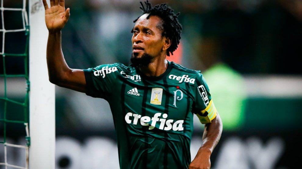 Ze Roberto durante un partido con el Palmeiras. (Getty)