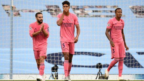 Varane, tras recibir un gol el Real Madrid. (AFP)